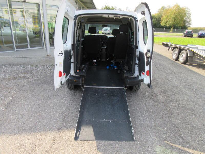 Adapted rent a car ramp